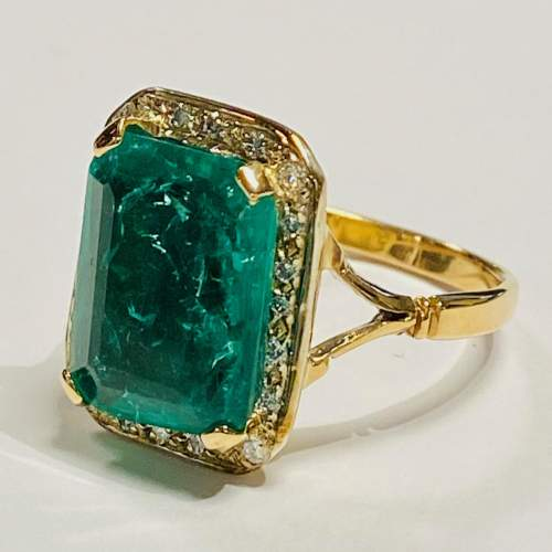 18ct Gold 6ct Emerald and Diamond Ring image-1