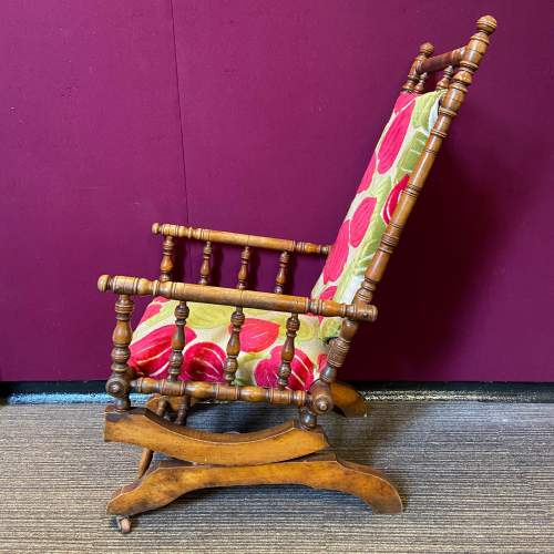Victorian American Rocking Chair image-4