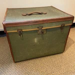Victorian Canvas Hat Box