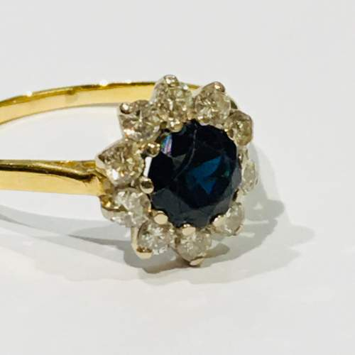18ct Gold Sapphire and Diamond Ring image-4