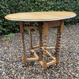 Small Light Oak Gateleg Supper Table with Barley Twist Legs