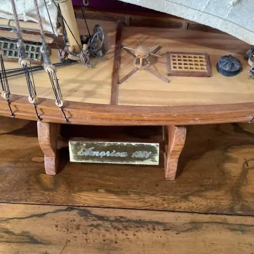 Beautiful Model Ship of America 1851 image-2