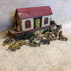 Vintage Folk Art Noahs Ark