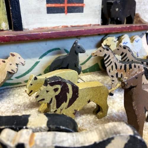 Vintage Folk Art Noahs Ark image-6