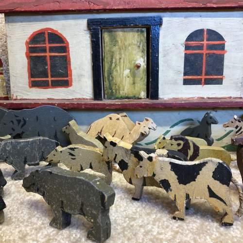 Vintage Folk Art Noahs Ark image-5
