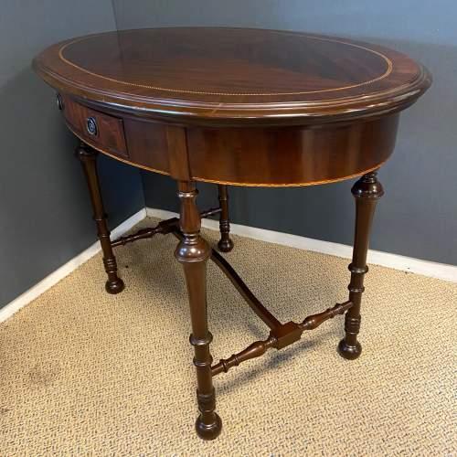 Edwardian Inlaid Mahogany Oval Table image-6