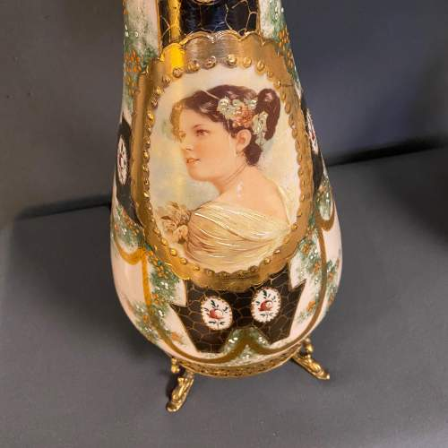 Pair of Victorian Glass Lamps with Shades image-2