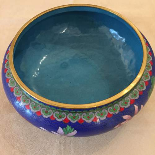 Japanese Cloisonne Bowl And Cover Standing On a Carved Base image-3