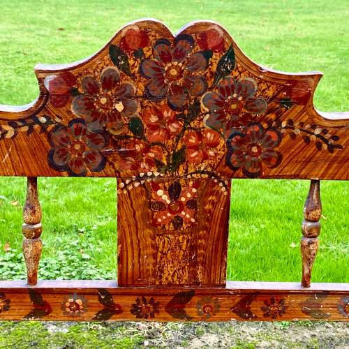 Decorative Antique European Hand Painted Settle image-4