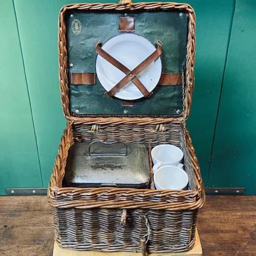 Vintage Small Wicker Picnic Basket image-1