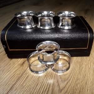 Cased Set of 6 George V Silver Napkin Rings By Thomas Bradbury