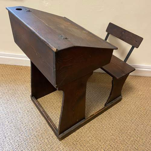 Early 20th Century Childs Pine Desk image-6