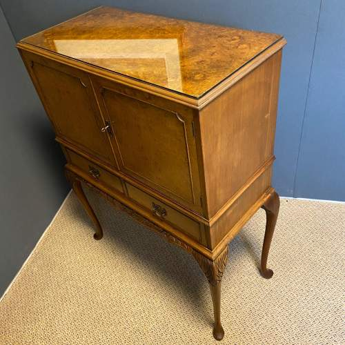 Burr Walnut Cocktail Cabinet image-5