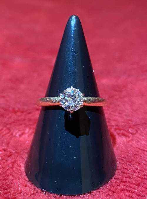 Certificated 0.58ct Diamond Solitaire Ring mounted in 14ct Gold image-5