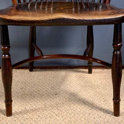 Early 19th Century Thames Valley Yew Wood Windsor Armchair image-4