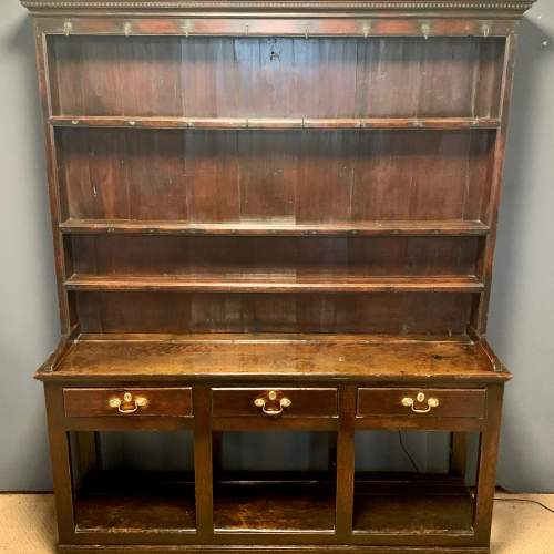 18th Century Oak Dresser and Rack image-1