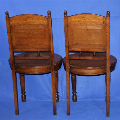 A Fine Pair of Arts and Crafts Oak Hall Chairs image-3