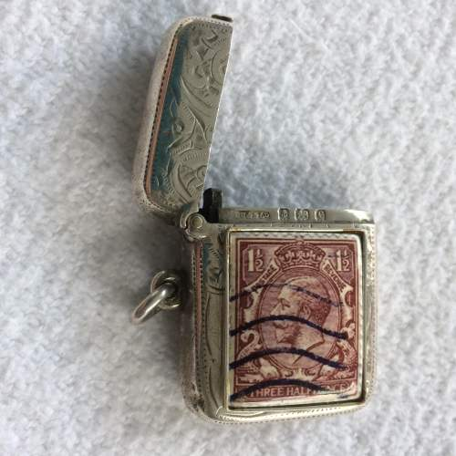 Edwardian Silver Vesta with Enamelled Panel of Three Half Penny Stamp image-2