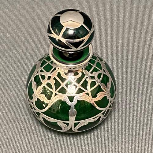 Art Nouveau Green Glass Perfume Bottle with Sterling Silver Overlay image-6
