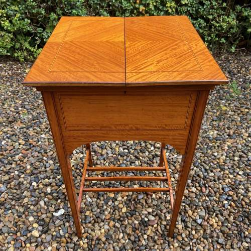 Lovely Edwardian Inlaid Satinwood Sewing Box image-2