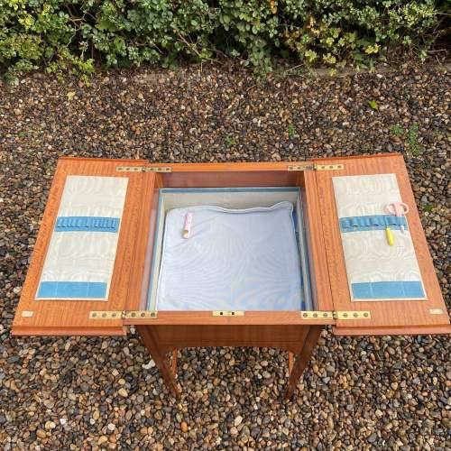 Lovely Edwardian Inlaid Satinwood Sewing Box image-6