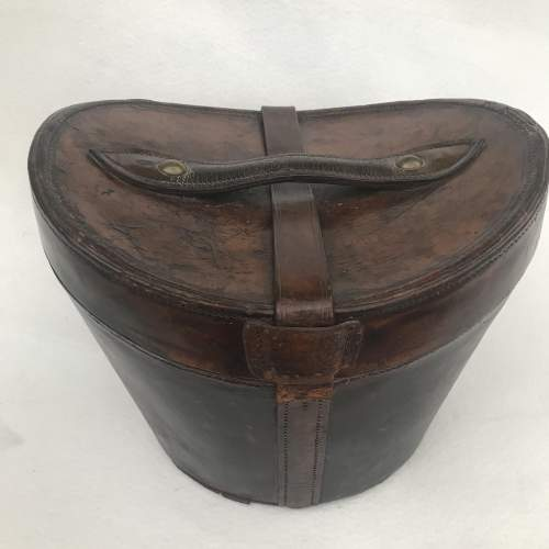 A Charming Victorian Leather Hat Case and Grey Top Hat image-4