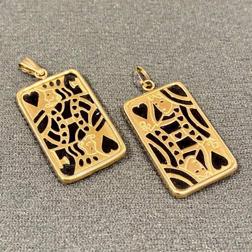 Vintage 14ct Gold and Onyx King and Queen of Hearts Pendants image-1