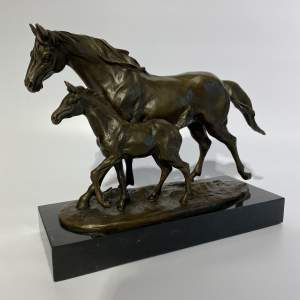 Good Quality Cast Bronze Sculpture Horse and Foal on Marble Base