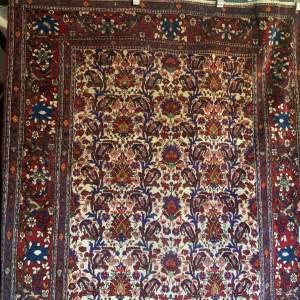 Superb Old Hand Knotted Persian Rug Bakrihari Floral Design