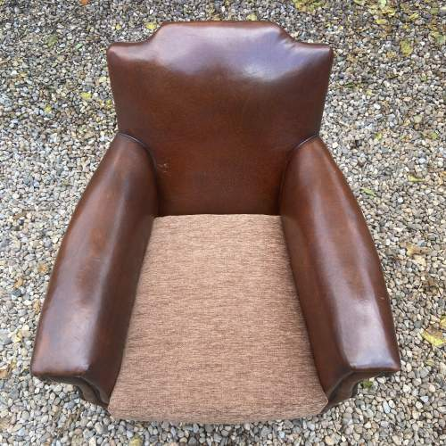 Classic Gentlemans Leather Club Armchair image-4