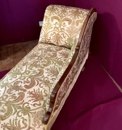 Superb Victorian Chaise Longue image-3