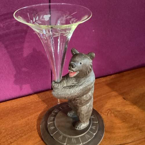 Black Forest Bear with Posy Vase image-3