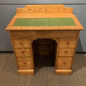 Early to Mid 20th Century Oak Clerks Desk