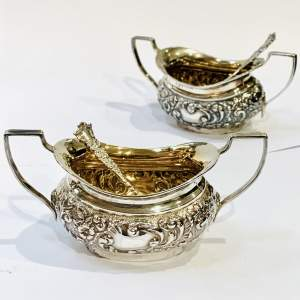 Pair of Good Quality Edwardian Chester Silver Gilt Salts