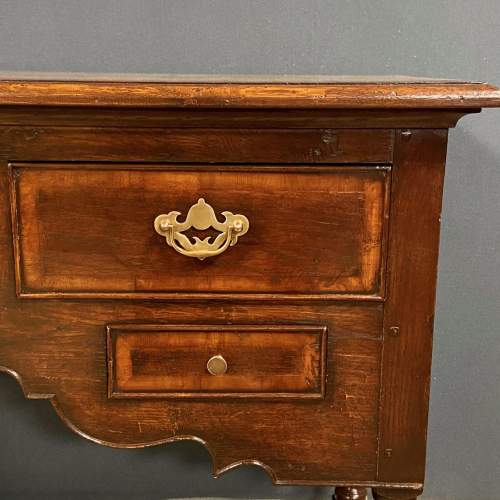 20th Century Solid Oak Dresser in the Georgian Style image-3