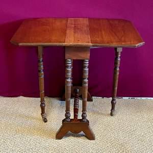 Edwardian Mahogany Sutherland Table