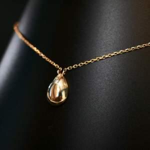 Teardrop Pendant by RITZ Jewellers London