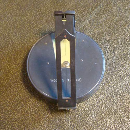 A Stanley Inclinometer and Case image-4
