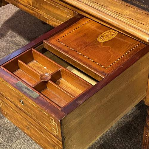 Good Quality William IV Inlaid Mahogany Desk image-6