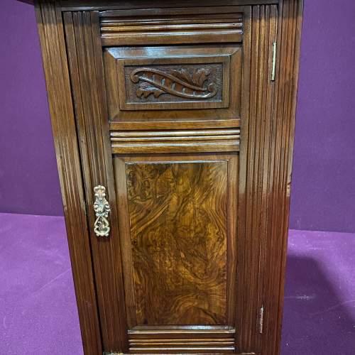 Edwardian Walnut Bedside Cabinet image-3