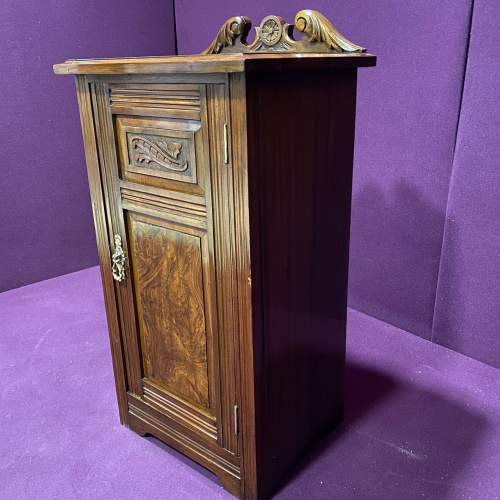 Edwardian Walnut Bedside Cabinet image-5