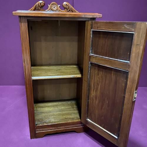 Edwardian Walnut Bedside Cabinet image-6