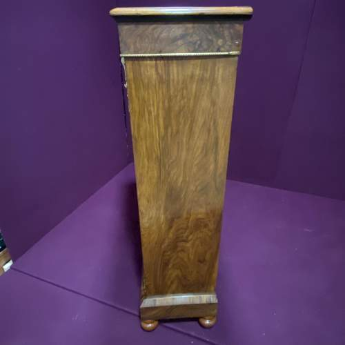 Edwardian Inlaid Walnut Display Cabinet image-6
