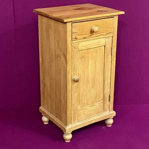 Early 20th Century Pine Bedside Cabinet