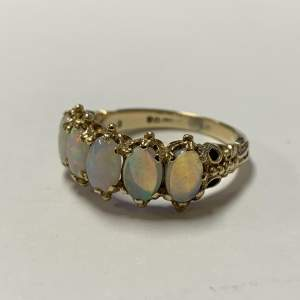 Vintage 9ct Gold Opal Ring