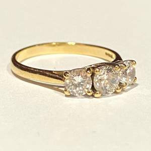 Vintage 9ct Gold 3 Stone Cubic Zirconia Ring