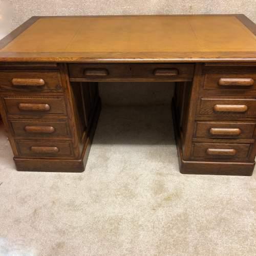 1920s Golden Oak Pedestal Desk image-1
