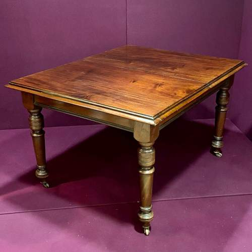 Late Victorian Small Mahogany Dining Table image-2