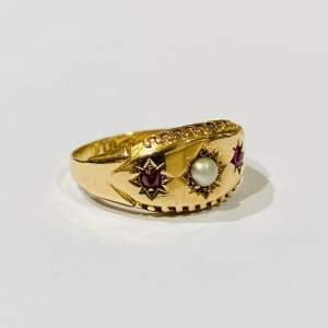 15ct Gold Ruby and Pearl Ring