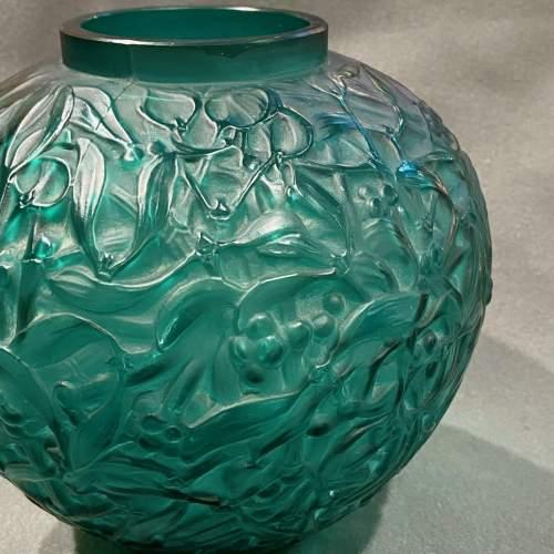 Rene Lalique Early and Rare Green Glass Mistletoe Gui Vase image-2